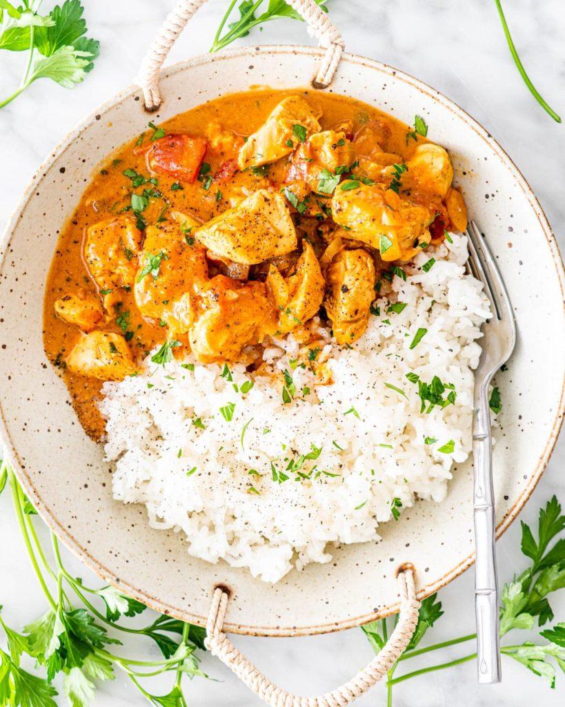 aromatyczne curry z kurczakiem i  ryżem